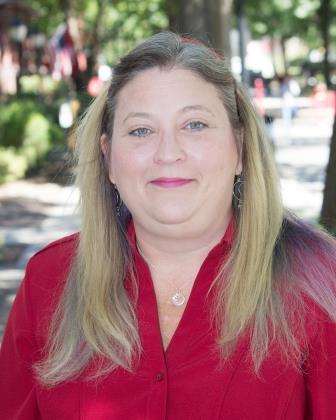 Eileen Delarce